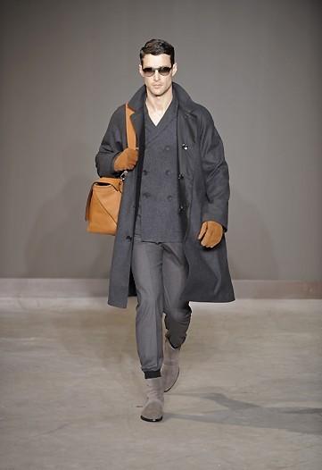 Foto de Louis Vuitton, Otoño-Invierno 2010/2011 en la Semana de la Moda de París (8/13)