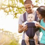 Porteo ergonómico: no lleves a tu bebé mirando hacia fuera