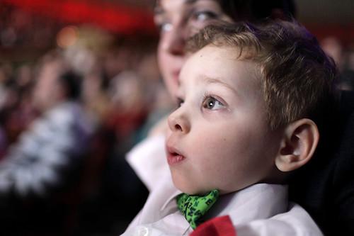 ¿Es realmente necesario prohibir la entrada de menores de 3 años a las salas de cine?