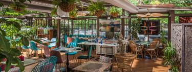 Luz, plantas, diseño... La Casa de Cristal es el sitio de moda para disfrutar del verano