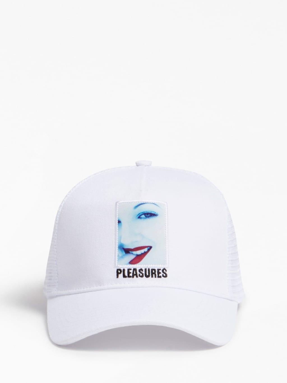Gorra blanca con estampado y detalle bordado