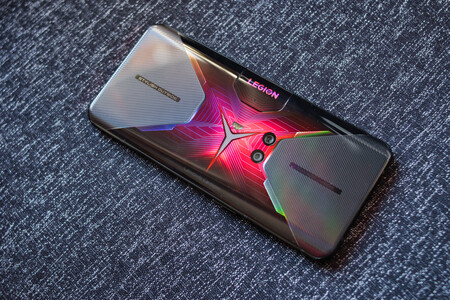 El smartphone Lenovo Legion Phone Duel es una bestia del gaming con 12 GB de RAM y Snapdragon 865+ 5G a 399 euros en Amazon