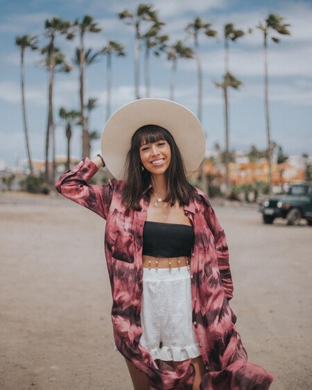Siete kimonos de playa que podemos llevar también con vaqueros y dar un toque de estilo a los looks más sencillos