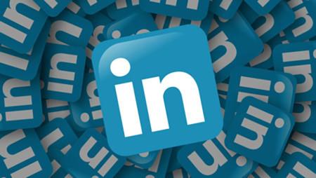 LinkedIn sale al paso y desmiente que su app vaya a dejar de recibir soporte en Windows Phone