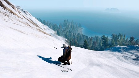 Aquí tienes a Geralt de Rivia bajando una montaña helada en una tabla de snowboard