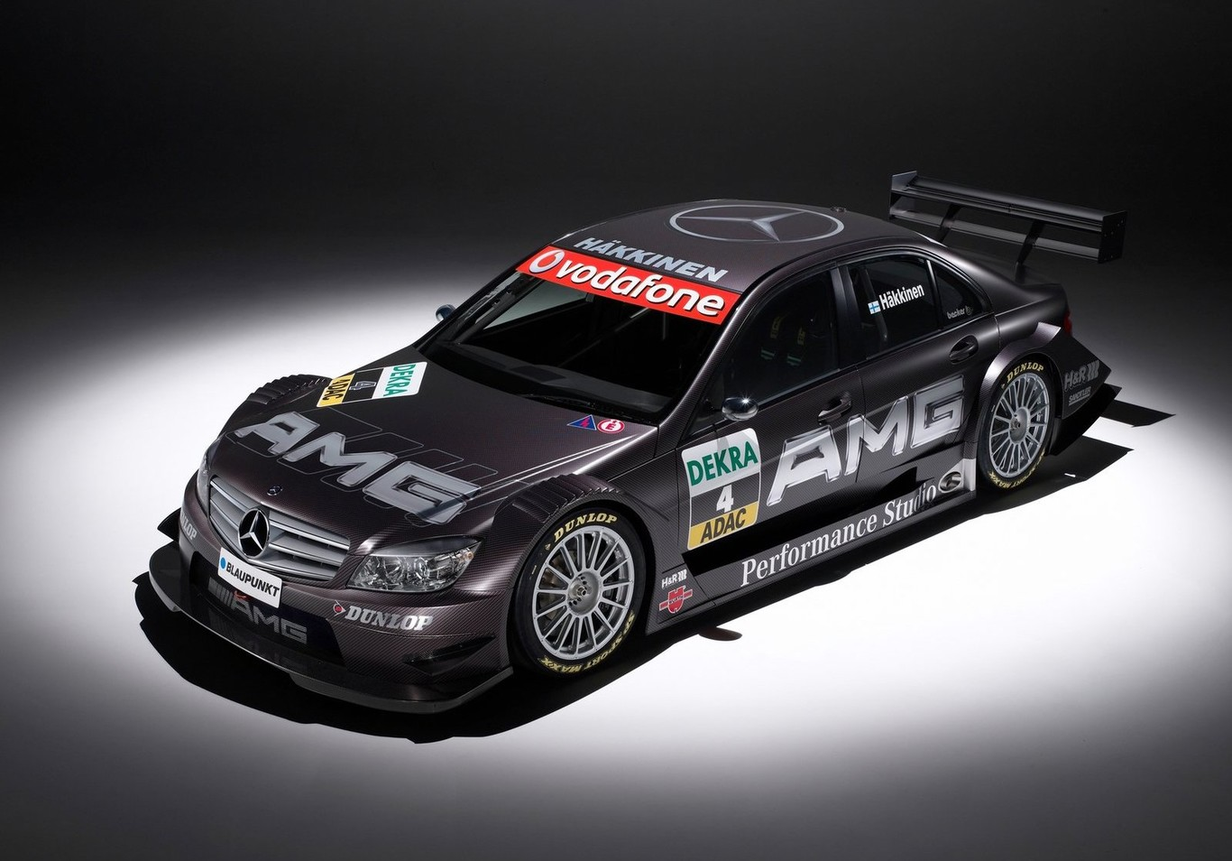 De un taller de dos amigos a ser el brazo deportivo de Mercedes-Benz en la F1 y todo el deporte motor
