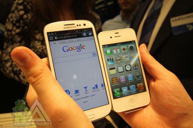 Galaxy S3 Vs iPhone 4S
