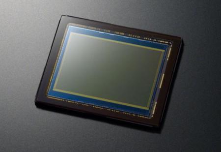 OmniVision tiene listos dos interesantes sensores para móviles con enfoque híbrido