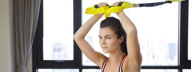 Entrena en casa con el TRX: cinco ejercicios para trabajar tu cuerpo al completo