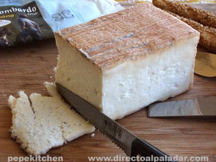 Quartirolo lombardo, cata de queso italiano