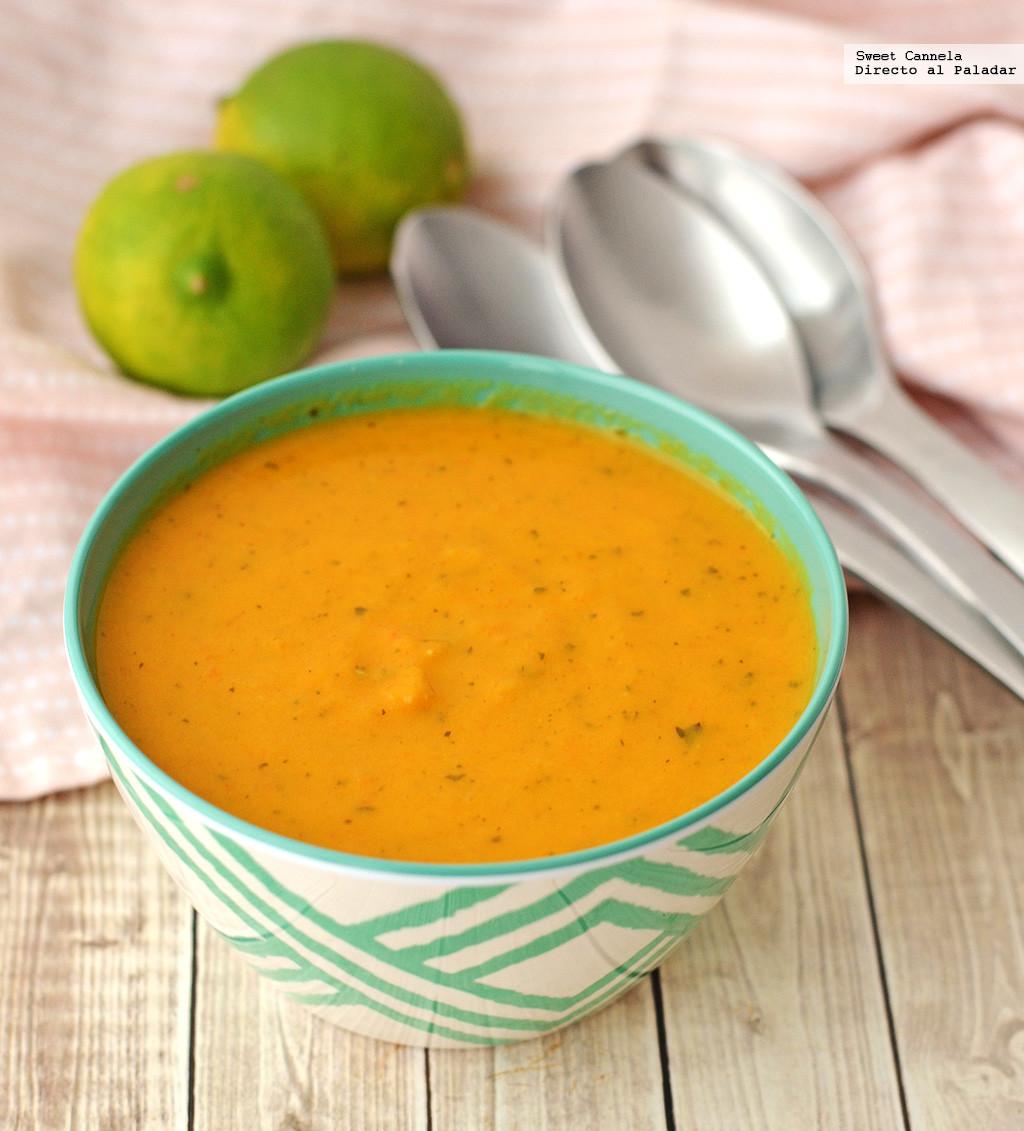 Sopa de zanahoria al curry con cilantro. Receta