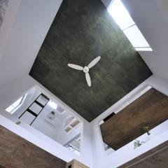 Foto 2 de 14 de la galería casas-poco-convencionales-viviendo-en-una-estanteria-gigante en Decoesfera
