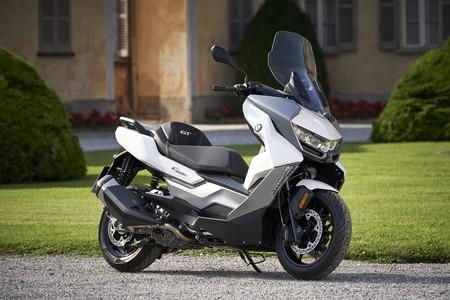 Por 7.950 euros el BMW C 400 GT se postula como el scooter medio más premium del segmento