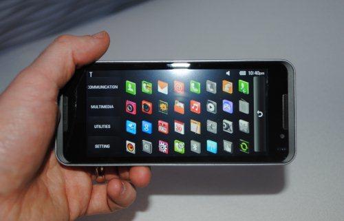 Foto de LG GW990, con Intel Moorestown (3/5)