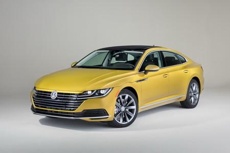 El Volkswagen Arteon está a tiro de piedra de México. Así son sus 'specs' en EE. UU.