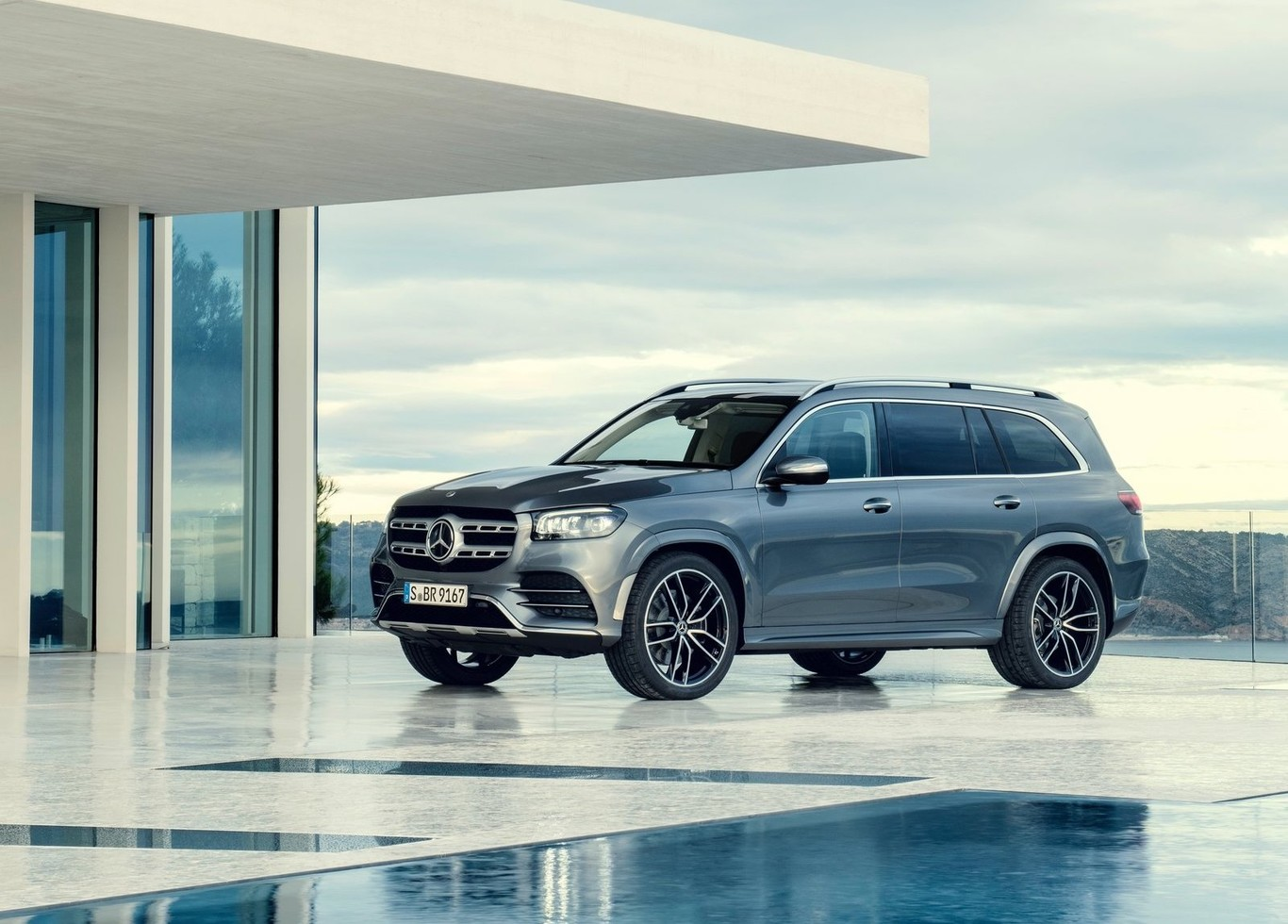 El nuevo Mercedes-Benz GLS es todo lo que un Clase S, pero con capacidad off-road