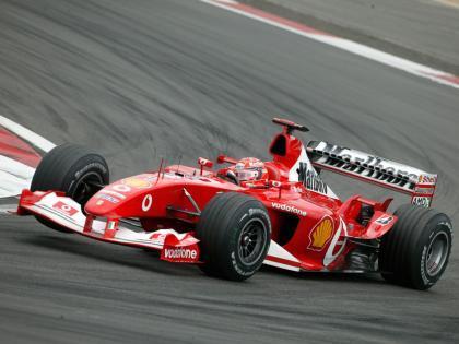 Michael Schumacher hará nacer el nuevo Ferrari F2008