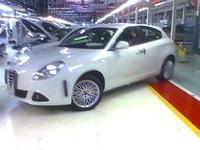 Alfa Milano, fotos espía del sustituto del Alfa 147 tomadas en la fábrica