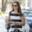 Duelo de rayas: Alessandra Ambrosio contra Hailee Steinfeld