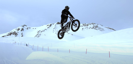 Moto Trial Huracan Alpes Franceses Video Nieve 2