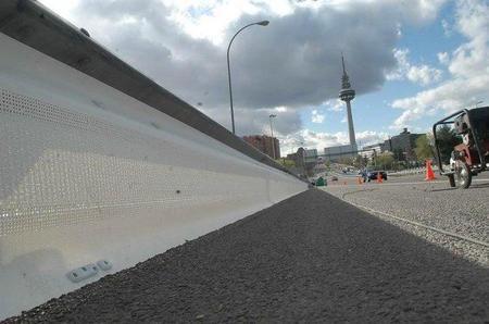Madrid tendrá todas sus carreteras protegidas para los motoristas