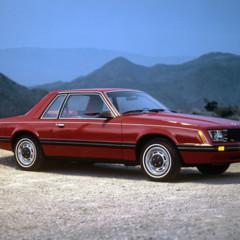 Foto 8 de 39 de la galería ford-mustang-generacion-1979-1993 en Motorpasión