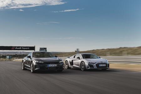 Audi R8 V10 y Audi RS e-tron GT