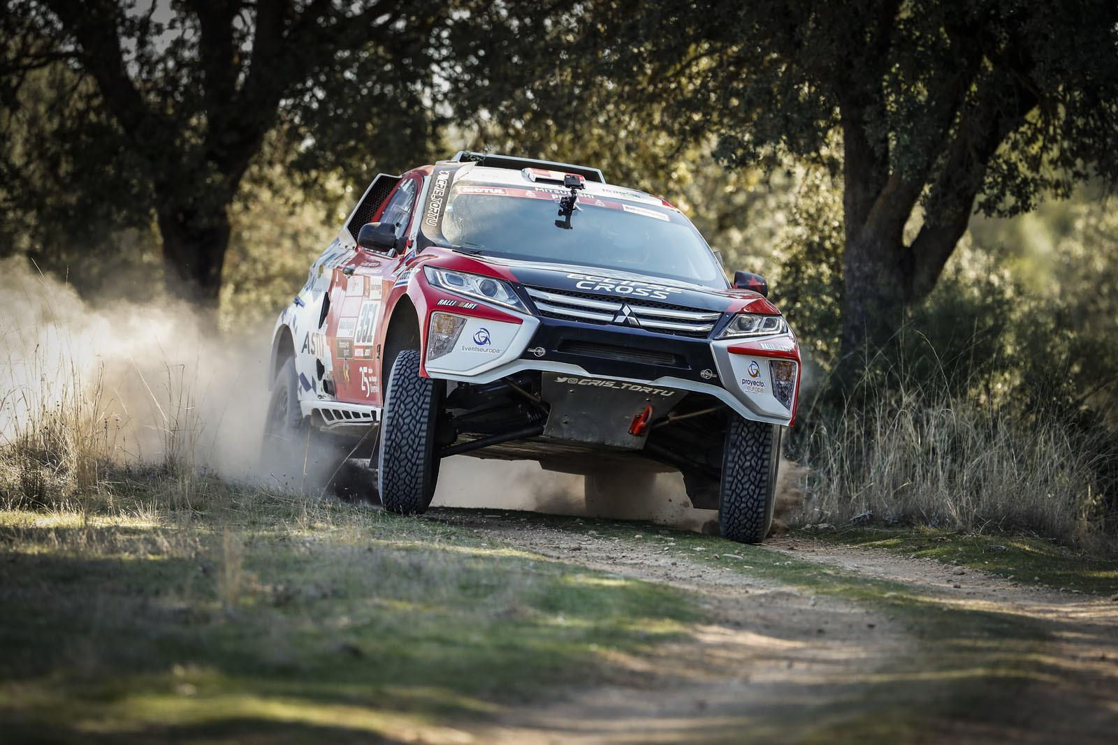Foto de Mitsubishi Eclipse Cross Proto Dakar (14/38)