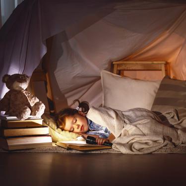 Casitas y tiendas de campaña dentro de casa: la importancia de que los niños tengan espacios propios