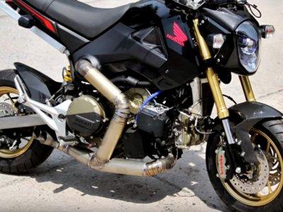 Las modificaciones sobre Honda MSX 125 se nos van de las manos, ¡ésta lleva motor de Ducati 1199 Panigale!