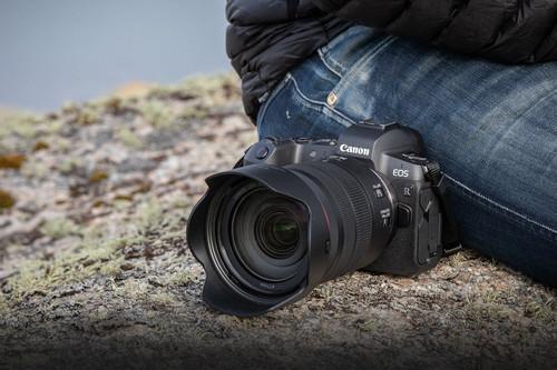 Canon EOS R, Sony A7 II, Nikon D750 y más cámaras, ópticas y accesorios rebajados o a su precio mínimo: Llega Cazando Gangas