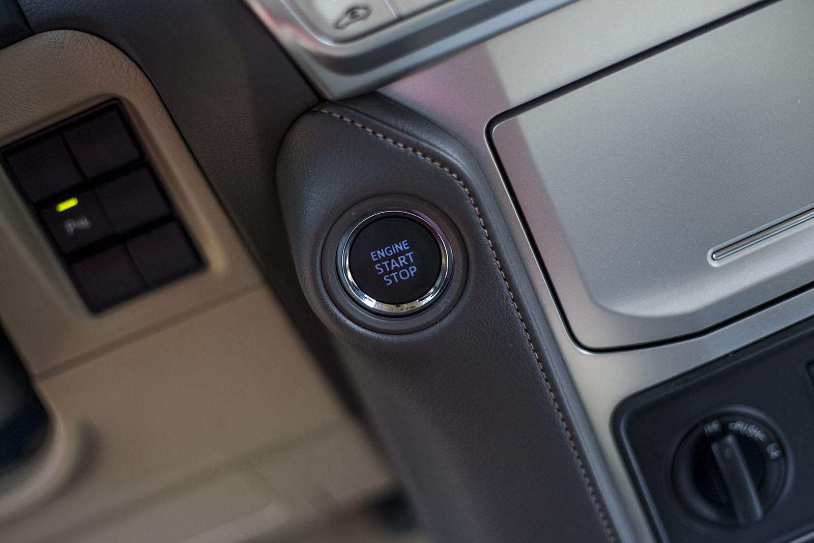 Foto de Toyota Land Cruiser - Fotos interiores y detalles (14/42)