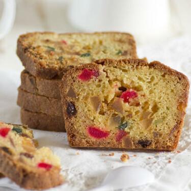 Plum cake de frutas confitadas, receta clásica británica