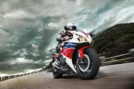 Honda-cbr1000rr-