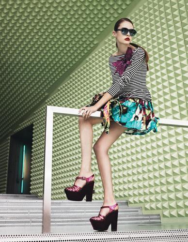Prepara tu maleta para las vacaciones de Navidad con estilo: tendencias de moda crucero 2010