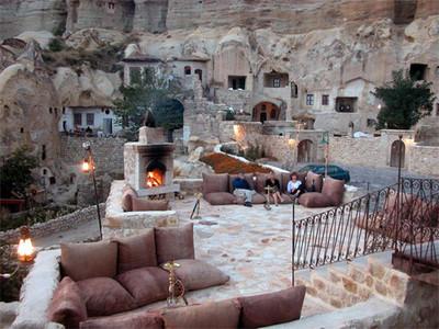 Capadocia: un hotel excavado en la piedra