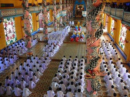 El Dios Frumm y otras religiones y mitos delirantes (y III)