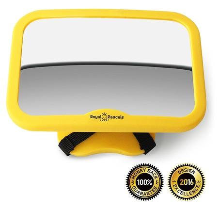 A contramarcha: espejo para vigilar al bebé en el coche Royal Rascals por 11,99 euros en Amazon