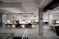 Espacios para trabajar: Espacio multifuncional de coworking de NOVA ISKRA