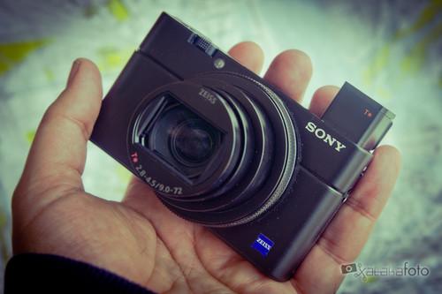 Sony RX100 VI, Olympus E-M10 MIII, Nikon D3400, Canon EOS 200D y más cámaras, objetivos y accesorios en oferta: Cazando Gangas