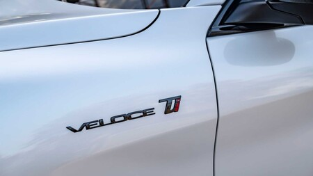 Alfa Romeo Stelvio Veloce Ti 2021 14