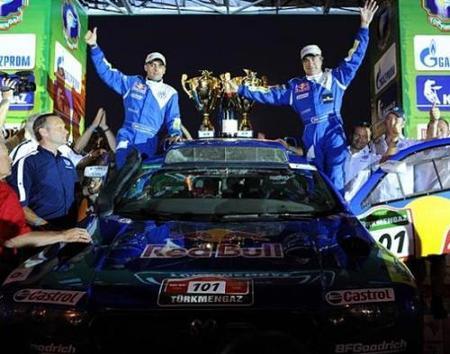 Carlos Sainz gana el Rally Ruta de la Seda