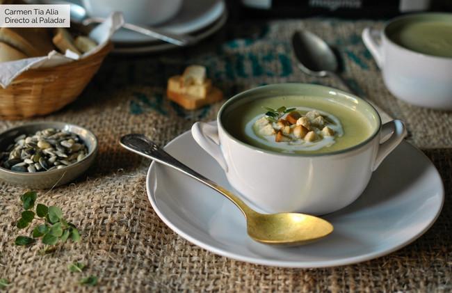 Crema de brócoli, leche de coco y mascarpone, receta fácil y rápida con Magimix Cook Expert (y también elaboración tradicional)