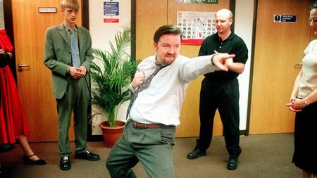 """Hay masas enfurecidas que sacan las cosas de contexto"". Ricky Gervais cree que sería imposible hacer 'The Office' hoy en día"