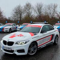 Colega, ¿dónde está mi safety car? Roban el coche de seguridad y el medical car del circuito inglés de Cadwell Park
