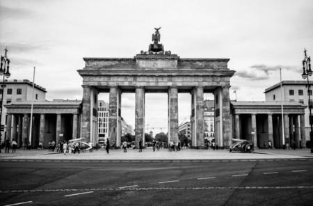 """Alemania estudia equipar a su policía con un """"Shazam nazi"""" para detectar actividades xenófobas"""
