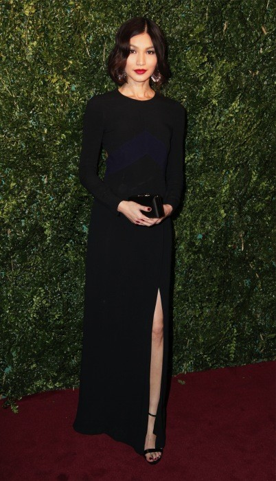 Gemma Chan, espectacular