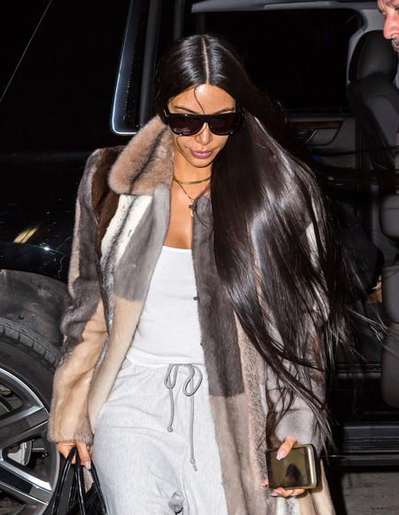 Kim Kardashian, o el 'arte' de combinar dos estilos opuestos en un mismo look