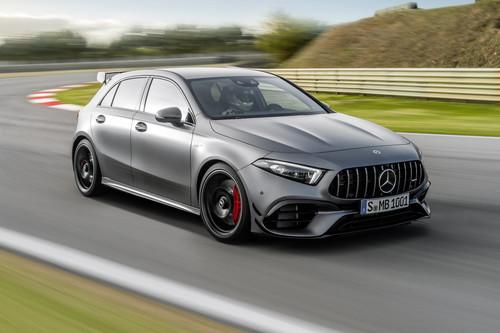 El nuevo Mercedes-AMG A 45 estrena aspecto y ahora ofrece dos sabores, con 387 ó 421 CV