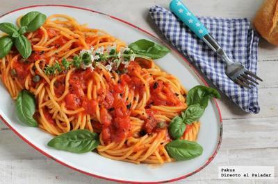 Receta de espaguetis con alcaparras, albahaca y trufa
